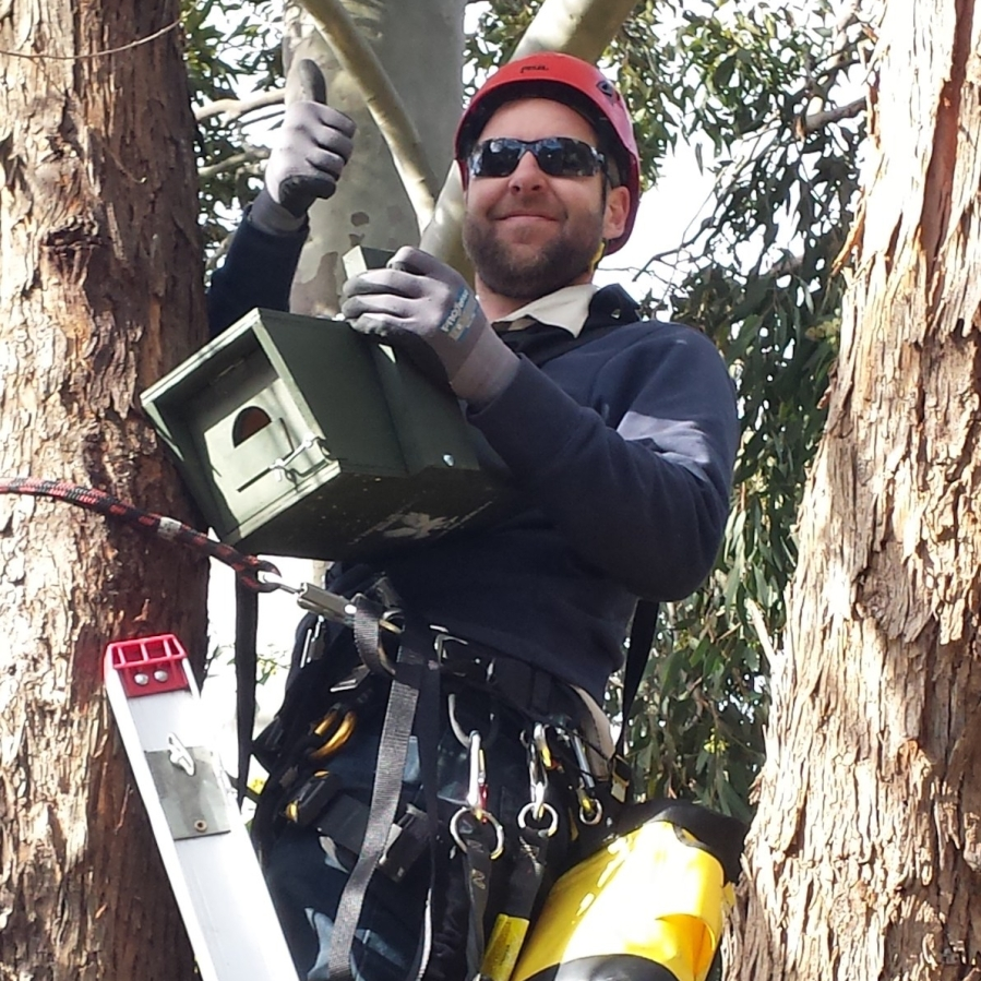 Me_Installing_nestbox